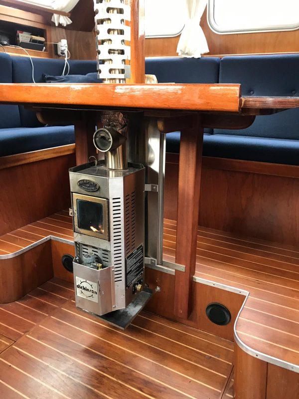 Newport Diesel 4,8kW – Dickinson Marine
